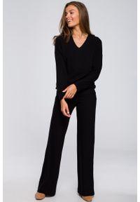 MOE - Czarne Dzianinowe Spodnie z Luźną Nogawką. Kolor: czarny. Materiał: dzianina
