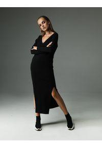 Madnezz - Sukienka The Ruler - czarna. Kolor: czarny. Materiał: bawełna, wiskoza, dzianina, elastan, tkanina. Wzór: aplikacja. Typ sukienki: wyszczuplające