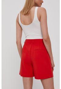 Y.A.S - Szorty. Okazja: na co dzień. Stan: podwyższony. Kolor: czerwony. Materiał: tkanina. Styl: casual