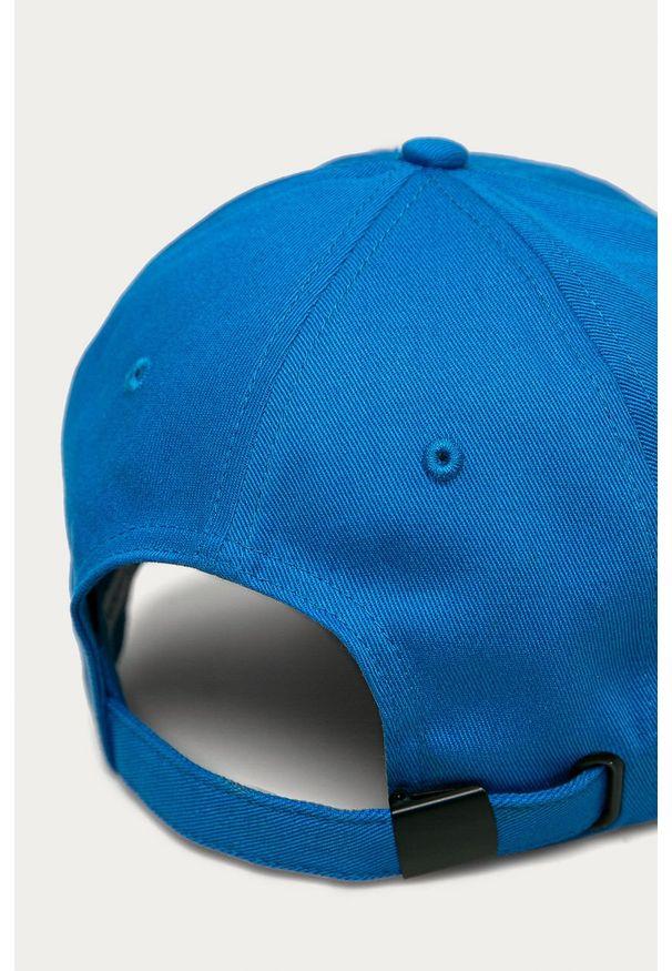 Niebieska czapka z daszkiem Calvin Klein Jeans z aplikacjami
