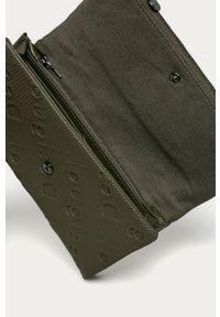 Zielony portfel Desigual