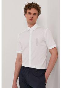 Hugo - Koszula bawełniana. Typ kołnierza: kołnierzyk klasyczny. Kolor: biały. Materiał: bawełna. Długość rękawa: krótki rękaw. Długość: krótkie. Styl: klasyczny