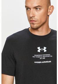 Czarny t-shirt Under Armour na co dzień, z nadrukiem, casualowy