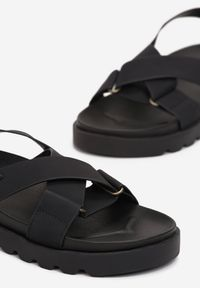 Born2be - Czarne Sandały Nysahria. Okazja: na co dzień. Zapięcie: pasek. Kolor: czarny. Materiał: guma. Wzór: paski. Obcas: na platformie. Styl: sportowy, casual