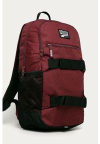 Czerwony plecak Puma z aplikacjami