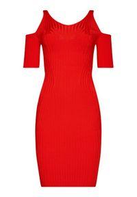 Czerwona sukienka dzianinowa Guess