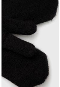 Pieces - Rękawiczki wełniane. Kolor: czarny. Materiał: wełna. Wzór: gładki