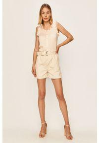 ANSWEAR - Answear - Szorty jeansowe Answear Lab. Stan: podwyższony. Kolor: biały. Materiał: jeans. Styl: wakacyjny
