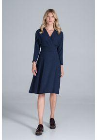 Figl - Sukienka z Kopertowym Dekoltem z Prążkowanej Dzianiny - Granatowa. Kolor: niebieski. Materiał: dzianina, prążkowany. Typ sukienki: kopertowe
