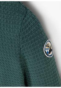 Zielony sweter bonprix