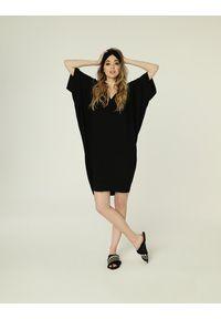 Madnezz - Sukienka Nelly - czerń. Materiał: wiskoza, elastan. Typ sukienki: oversize. Styl: etno