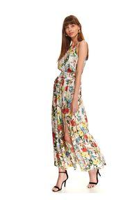 TOP SECRET - Długa sukienka w kwiatowy wzór. Okazja: na wesele, na ślub cywilny. Kolor: biały. Długość rękawa: na ramiączkach. Wzór: kwiaty. Typ sukienki: proste. Styl: elegancki. Długość: maxi