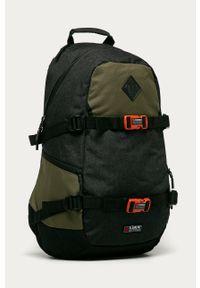 Szary plecak Element z aplikacjami
