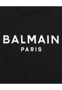 Balmain - BALMAIN - Czarna koszulka z nadrukiem logo. Kolor: czarny. Materiał: bawełna. Wzór: nadruk. Styl: klasyczny