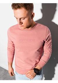 Ombre Clothing - Bluza męska bez kaptura z nadrukiem B1160 - różowa - XXL. Typ kołnierza: bez kaptura. Kolor: różowy. Materiał: poliester, bawełna. Wzór: nadruk