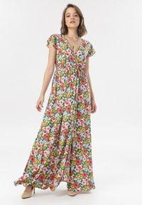 Born2be - Zielona Sukienka Himeriye. Kolor: zielony. Długość rękawa: krótki rękaw. Wzór: kwiaty, kolorowy. Typ sukienki: kopertowe, rozkloszowane. Długość: maxi