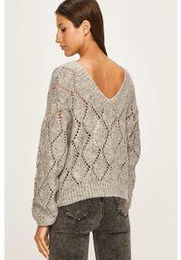ANSWEAR - Answear - Sweter. Kolor: szary. Materiał: dzianina, materiał. Wzór: gładki
