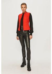 Czerwona kamizelka Guess Jeans casualowa, na co dzień, bez kaptura