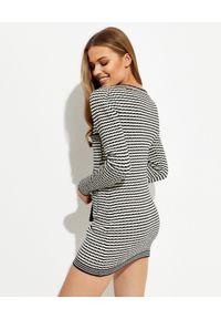 SELF PORTRAIT - Czarno-biała dzianinowa sukienka mini. Kolor: czarny. Materiał: dzianina. Długość rękawa: długi rękaw. Wzór: paski. Długość: mini