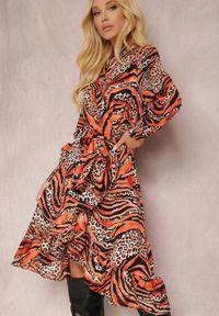 Renee - Czarno-Pomarańczowa Sukienka Achaera. Kolor: czarny. Materiał: materiał. Długość rękawa: długi rękaw. Wzór: motyw zwierzęcy. Typ sukienki: kopertowe. Długość: midi