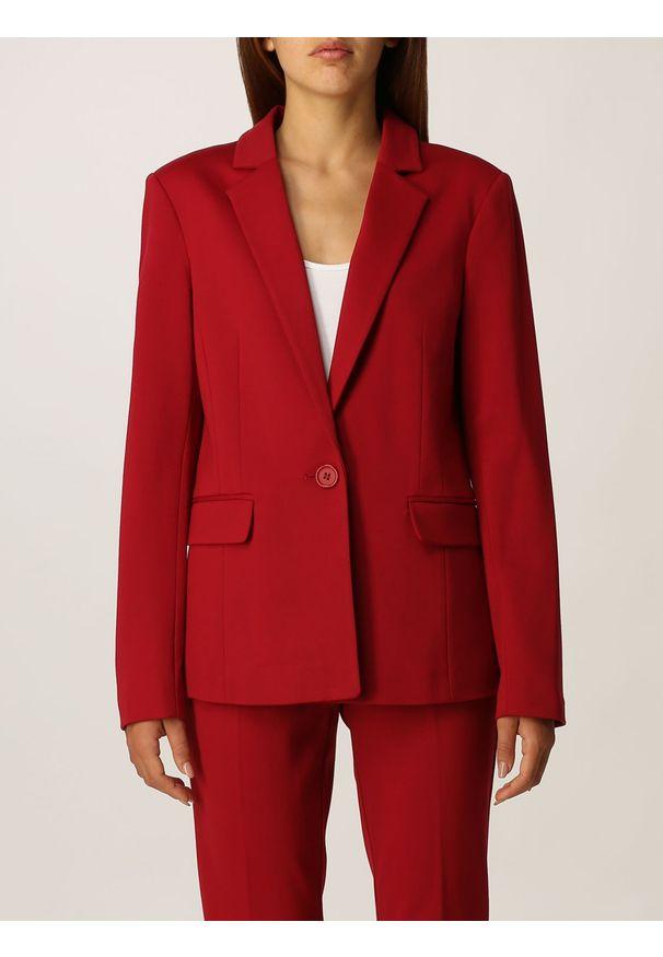 TwinSet - Czerwona marynarka Twinset. Kolor: czerwony. Materiał: wiskoza, poliamid, elastan. Długość rękawa: długi rękaw. Długość: długie