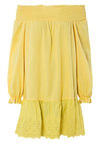 Sukienka z dekoltem carmen i ażurowym haftem bonprix żółty tulipan. Typ kołnierza: typu carmen. Kolor: żółty. Wzór: haft, ażurowy. Typ sukienki: tulipan
