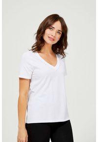 MOODO - Bawełniana bluzka z cyrkoniami. Typ kołnierza: dekolt w serek. Materiał: bawełna. Długość rękawa: krótki rękaw. Długość: krótkie. Wzór: gładki
