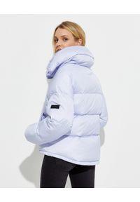 YVES SALOMON PARIS - Liliowa kurtka puchowa. Kolor: niebieski. Materiał: puch. Długość rękawa: długi rękaw. Długość: długie. Wzór: aplikacja