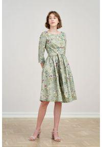 Marie Zélie - Sukienka Melia Ficiforma zielona. Typ kołnierza: kokarda. Kolor: zielony. Materiał: bawełna, skóra, materiał, elastan. Styl: klasyczny