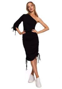 MOE - Bawełniana sukienka na jedno ramię z jednym rękawem czarna. Kolor: czarny. Materiał: bawełna. Długość: mini