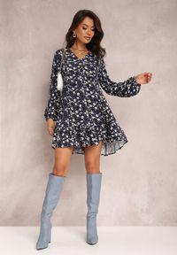 Renee - Granatowa Sukienka Hellochis. Kolor: niebieski. Długość rękawa: długi rękaw. Wzór: kwiaty, nadruk. Długość: mini