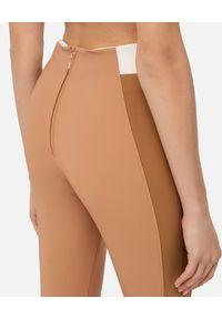 Elisabetta Franchi - ELISABETTA FRANCHI - Beżowe spodnie z wysokim stanem. Stan: podwyższony. Kolor: beżowy
