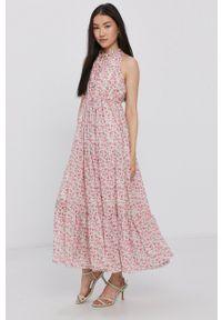 Haily's - Sukienka. Typ kołnierza: dekolt halter. Kolor: różowy. Materiał: tkanina. Typ sukienki: rozkloszowane