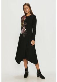 Czarna sukienka Desigual casualowa, z długim rękawem, z asymetrycznym kołnierzem, na co dzień