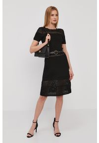Czarna sukienka Morgan gładkie, prosta, z krótkim rękawem