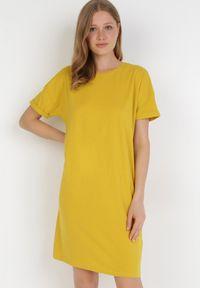 Born2be - Żółta Sukienka Coraelea. Kolor: żółty
