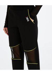 DSG - Czarne spodnie Gym. Kolor: czarny. Materiał: bawełna, dresówka, materiał