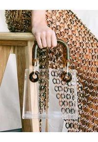 CULT GAIA - Akrylowa torebka Geneva. Kolor: brązowy. Styl: elegancki