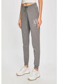Szare spodnie dresowe Armani Exchange z nadrukiem