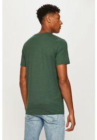 Zielony t-shirt Jack & Jones z okrągłym kołnierzem, z nadrukiem