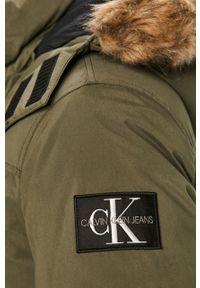 Oliwkowa kurtka Calvin Klein Jeans casualowa, z kapturem, na co dzień #6