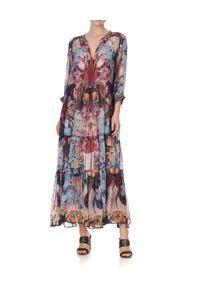 Camilla - CAMILLA - Wzorzysta sukienka Nouveau Nights. Kolor: czerwony. Materiał: jedwab. Wzór: kwiaty, aplikacja, nadruk. Długość: maxi