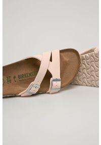 Różowe klapki Birkenstock