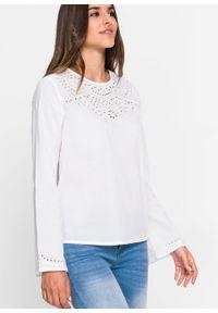 Biała bluzka bonprix długa, z długim rękawem, w ażurowe wzory
