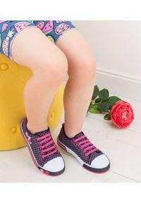 UNDERLINE - Trampki dziecięce Underline 8C181103 Granat-Róż. Zapięcie: bez zapięcia. Kolor: różowy. Materiał: tkanina, skóra, guma
