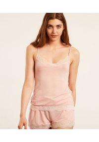 Warm Day Top Z Koronkowym Dekoltem - S - Pudrowy Róż - Etam. Kolor: różowy. Materiał: koronka