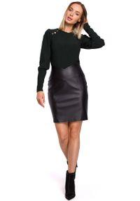 MOE - Czarna Dopasowana Spódnica Mini z Eko-skóry. Kolor: czarny. Materiał: skóra