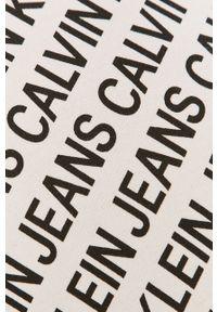 Biała bluza nierozpinana Calvin Klein Jeans na co dzień, casualowa, bez kaptura