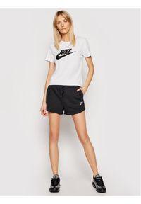Nike T-Shirt Sportswear Essetnial BV6169 Szary Standard Fit. Kolor: szary