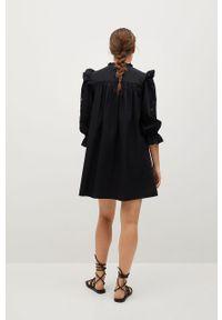 Czarna sukienka mango mini, rozkloszowana